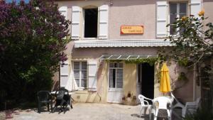 Chambres et Tables d'hôtes à l'Auberge Touristique, Bed and breakfasts  Meuvaines - big - 52