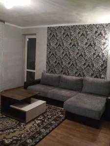 Two-Bedroom Apartment on Vialiki Hasciniec 111