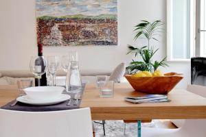 Luxury Design Apartment with Terrace near Colosseum & Forum