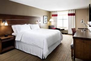 Four Points by Sheraton Cincinnati North/West Chester, Отели  Уэст-Честер - big - 3
