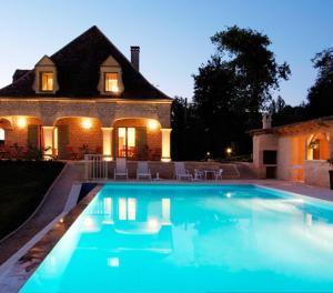 Location gîte, chambres d'hotes Hôtel Bon Encontre dans le département Dordogne 24