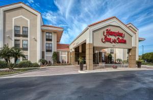 Hampton Inn & Suites Orlando-East UCF, Hotely  Orlando - big - 64