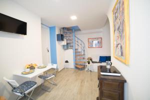 L'Onda 2 - MyHo Casa - AbcAlberghi.com