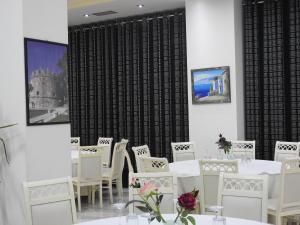 4 gwiazdkowy hotel Hotel 3 Vellezerit Durrës Albania