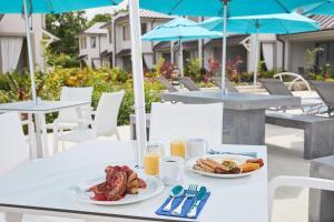 Beach View Hotel (12 of 110)