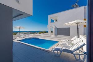 obrázek - Dario 2. modern & luxury apartment with a pool