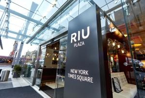 Hotel Riu Plaza New York Times Square (2 of 85)