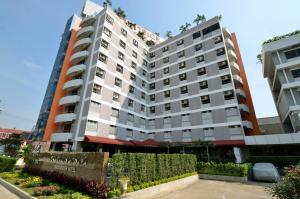 Отель Tara Garden, Бангкок