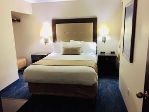 Best Western Plus Portland Airport Hotel & Suites, Hotels  Parkrose - big - 10