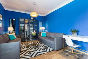 Bright Modern Apartment - Lysolaje