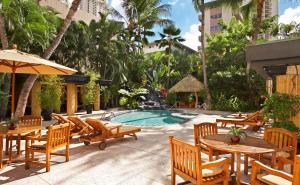 Castle Bamboo Waikiki Hotel