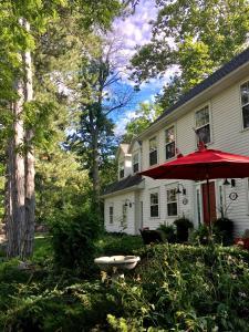 Darlington House Bed and Breakfast - Accommodation - Niagara on the Lake