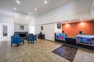 Homeplace Suites