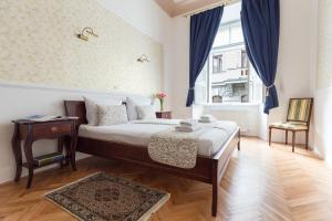 Barbo Palace Apartments and Rooms