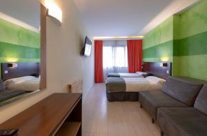 Apartamentos Serrano Recoletos (12 of 49)
