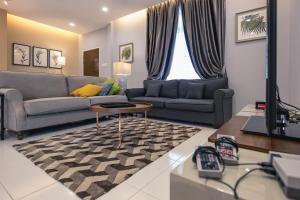 Bukit Indah Homestay | BBQ, Wifi, Spacious, Landed 4 room - Skudai