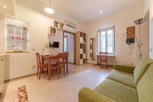 Coronari Central Apartment - abcRoma.com