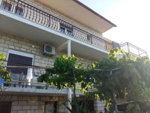 Apartment Arbanija 1125a, Apartmány  Trogir - big - 25