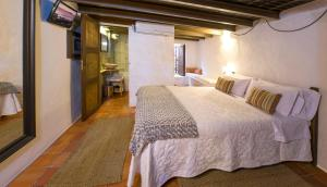 Double Room Hotel Rural Can Partit - Adults Only