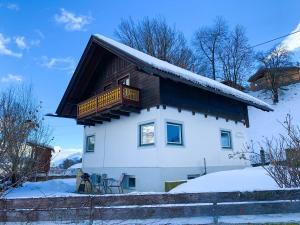 Landhaus Wegscheider - Chalet - Tulfes