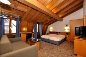 Villa Waldperlach by Blattl, Affittacamere  Monaco di Baviera - big - 8