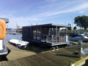 Houseboat Porta Mare III