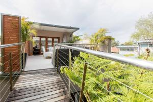Family surf house 5 min walk to Manly beach
