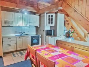 Casa Vacanza Tonale - AbcAlberghi.com