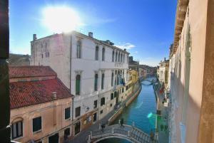 CA GRIMANI Double Apartment: private terrace and s - AbcAlberghi.com