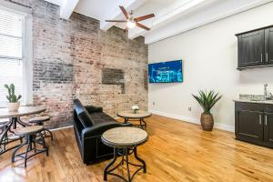 obrázek - Gorgeous 1bd condo steps from French Quarter and Harrah's Casino