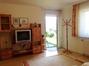 Haus Margit, Ubytování v soukromí  Schlierbach - big - 16