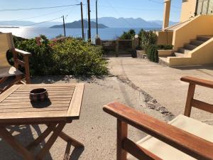 Breathtaking Seaview House Aegina Greece