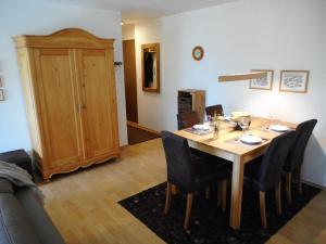Casa Pignia - Hotel - Laax