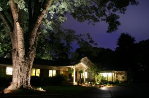 Brookside Mountain Mist Inn - Accommodation - Waynesville