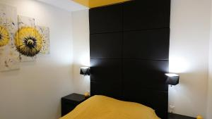Apartament Exclusive YellowBlack