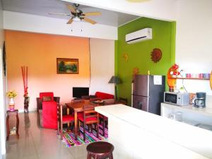 Paradise Away Home-great for families or friends, WIFI, Fortuna