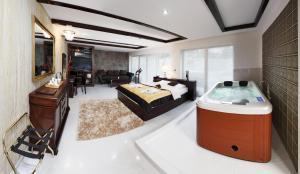 Lux Hotel Onyx - Brno