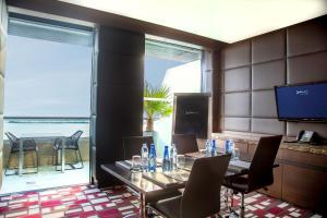 Radisson Blu Hotel, Abu Dhabi Yas Island, Hotel  Abu Dhabi - big - 79