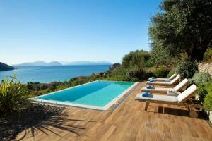 Anemos Luxury Villas - Athanion