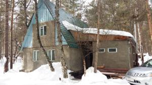 Гостевой дом Домик у мишки в лесу