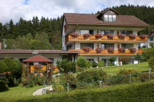 Pension Brix - Hotel - Warmensteinach