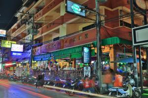 Harrys Hotel Bar & Restaurant