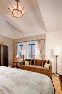 Fairmont Peace Hotel (3 of 125)