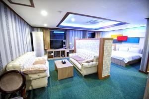Tongyeong Tourist Hotel, Szállodák  Thongjong - big - 37