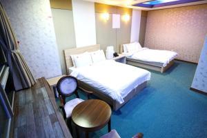 Tongyeong Tourist Hotel, Szállodák  Thongjong - big - 43