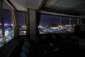 Tongyeong Tourist Hotel, Szállodák  Thongjong - big - 46