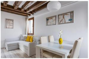 Biennale Family Apartment in Venice - AbcAlberghi.com