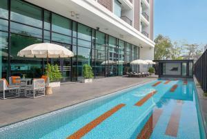 Tsix5 Hotel - Tha Yang