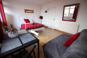 24 Ramsey Guest Apartment - London