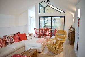 Elegant Eco Glass House - Liberton